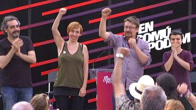 La convocatòria d'un possible referèndum unilateral d'independència centra el debat del primer dia de campanya d'En Comú Podem, Esquerra i Convergència