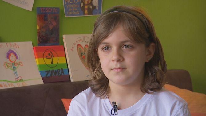 """Fer el trànsit amb 8 anys: """"Només jo puc dir qui soc: l'Alícia, una nena trans"""""""