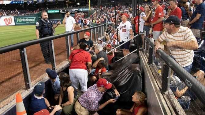 Un tiroteig obliga a suspendre un partit de beisbol als Estats Units