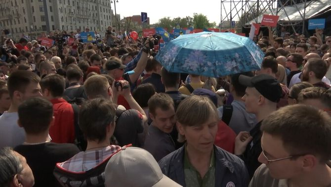 """Més de mil detinguts a Rússia en les manifestacions """"No és el nostre tsar!"""""""