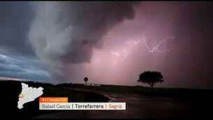 Una línia de tempestes escombra Catalunya