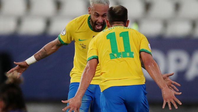 Neymar marca i el Brasil goleja el Perú però sense brillantor (4-0)