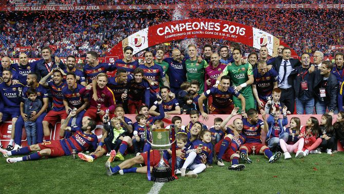 El Barça s'embutxaca la 28a Copa del Rei a la pròrroga en un partit èpic (2-0)