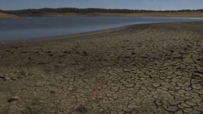 Rius, llacs i embassaments emeten grans quantitats de diòxid de carboni quan s'assequen