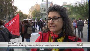 Milers de persones es manifesten a Barcelona per revertir les retallades aplicades amb la crisi