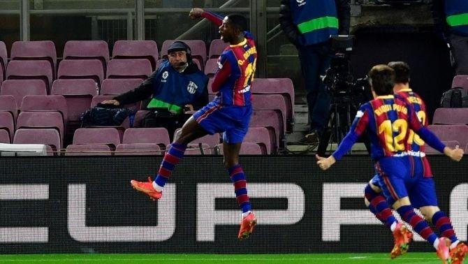 El Barça s'abona a la catarsi dels minuts finals