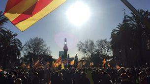 Concentració a l'exterior del Parlament, aquest dimecres a Barcelona