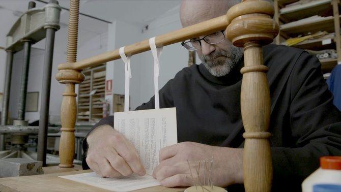 Monjos al documental 'Montserrat. Retorn a l'essència'