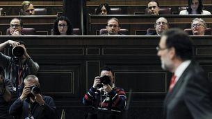 El president Mariano Rajoy, en primer terme, en presència dels tres diputats del Parlament de Catalunya. (Foto: EFE)