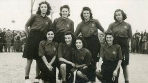 Jugadores de bàsquet a la postguerra a Tàrrega