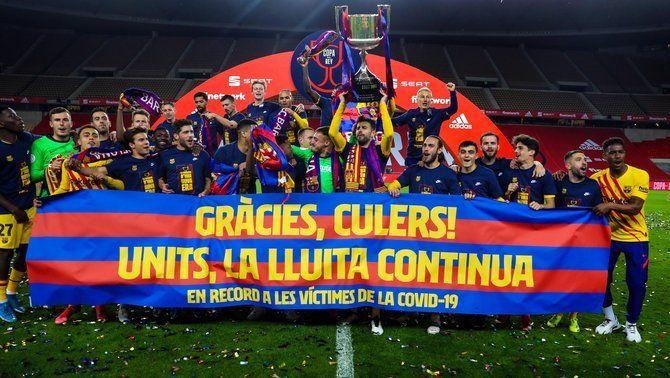 El Barça dedica la Copa a les víctimes de la pandèmia