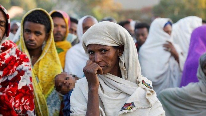 Cua per accedir a l'ajuda humanitària a Shire, a la regió etíop de Tigre