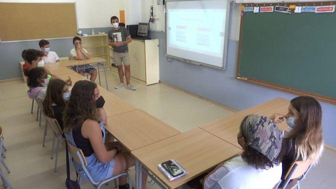 Alumnes de l'escola de Sant Martí de Maldà