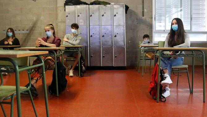 Alumnes de tercer d'ESO, Institut Costa i Llobera, Barcelona, escoles