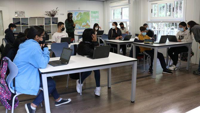 Alumnes de 4rt d'ESO de l'escola El Til·ler de Barcelona, a classe, el curs passat