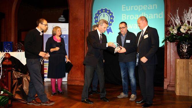 Guifi.net, una xarxa innovadora de telecomunicacions premiada per la Unió Europea