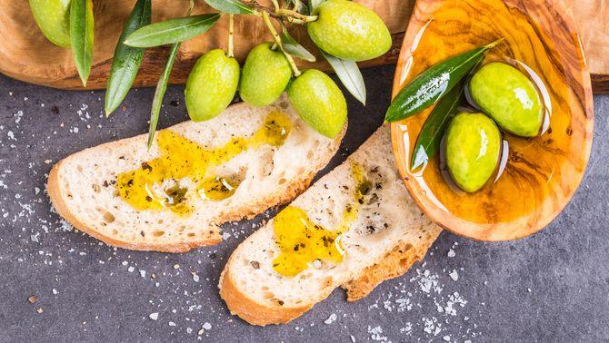 Cinc consells per triar un bon oli d'oliva verge extra