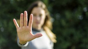 Les dones creixen interioritzant i normalitzant l'assetjament masclista