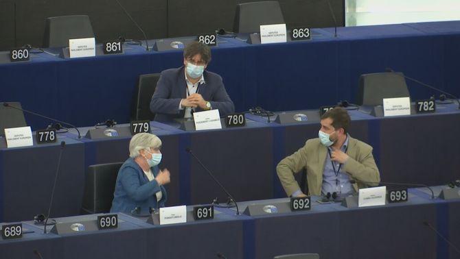 Els tres eurodiputats de JxCat, en l'hemicicle del Parlament Europeu