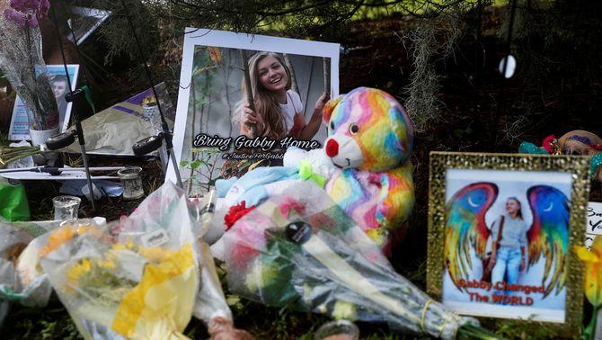 Objectes en memòria de Gabby Petito a Florida