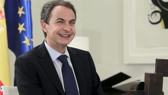 Zapatero confirma que caldran 40 anys de cotització per jubilar-se als 65