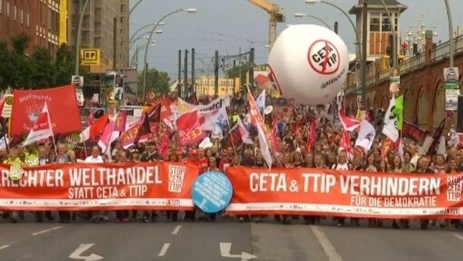 Uns 350.000 manifestants a tot Alemanya contra el TTIP i el CEPA