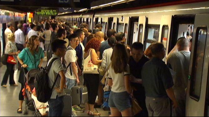 Vaga de metro per la Diada, la Mercè i els partits del Barça