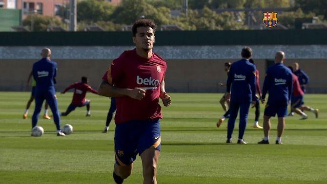 Coutinho accelera la recuperació per poder reaparèixer contra l'Atlètic