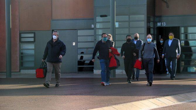 Els set presos de Lledoners, sortint del centre penitenciari el mes de gener passat