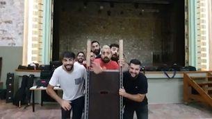 """El grup valencià La Fúmiga posa música al Top 1 del """"Zona zàping"""""""