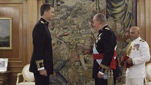 El rei Felip VI i el seu pare, Joan Carles I, en una foto d'arxiu