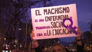 8M: Manifestació estàtica, però reivindicativa, a Barcelona