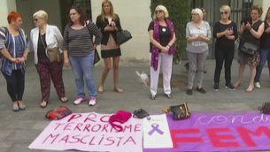 Dos dies de dol a Badalona per l'assassinat d'una dona