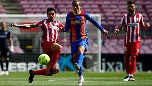 El Barça s'allunya de la Lliga (0-0)
