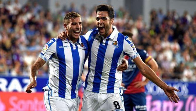El Barça busca alternatives a Wijnaldum