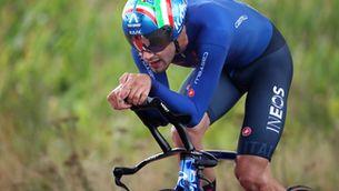 Ganna guanya la contrarellotge del mundial de ciclisme en un gran frec a frec amb Van Aert