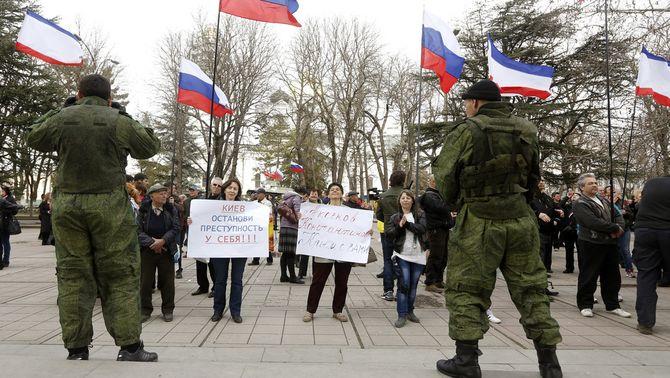 El Parlament de Crimea decideix unir-se a Rússia i convoca un referèndum el 16 de març