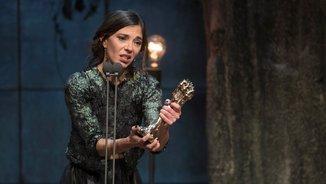 L'actriu Núria Prims recull el Gaudí a la Millor Actriu (Foto: EFE)