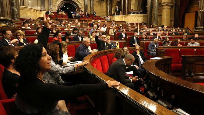 JxCat, ERC i la CUP pacten tornar a votar al Parlament el dret a l'autodeterminació