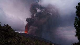 Els gasos del volcà arribaran a Catalunya i causaran pluja àcida, però sense risc