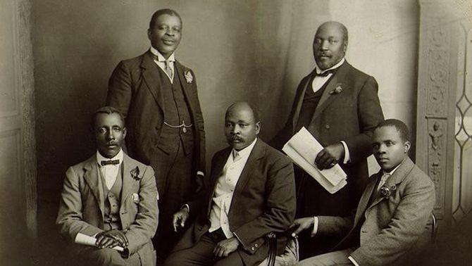 Delegació de Sud-àfrica del Congrés Nacional Africà que va anar a Anglaterra el 1914 per transmetre les objeccions dels pobles africans a la Llei de…