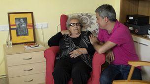 """Albert Om amb Neus Català, l'amfitriona més veterana d'""""El convidat"""""""