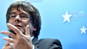 """Puigdemont no demana asil i exigeix al """"bloc del 155"""" que digui si acceptarà el resultat del 21D"""
