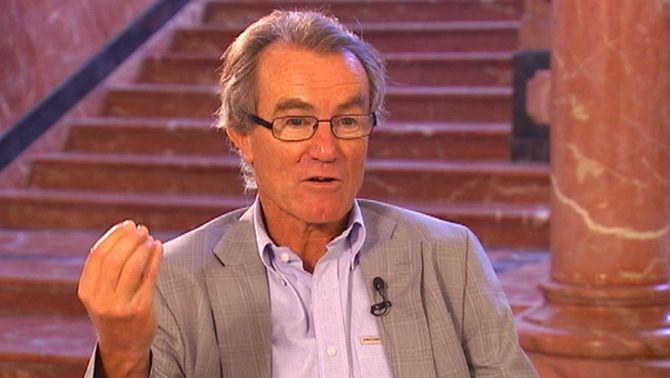 El catedràtic Javier Pérez Royo considera que el Constitucional no està legitimat per resoldre el recurs sobre l'Estatut