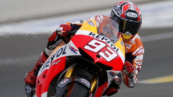 Márquez acaba tercer a Xest i es converteix en el campió del món de MotoGP més precoç de la història
