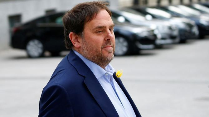 Former vice-president Oriol Junqueras sentenced to 13 years in prison for sedition and misuse of public funds