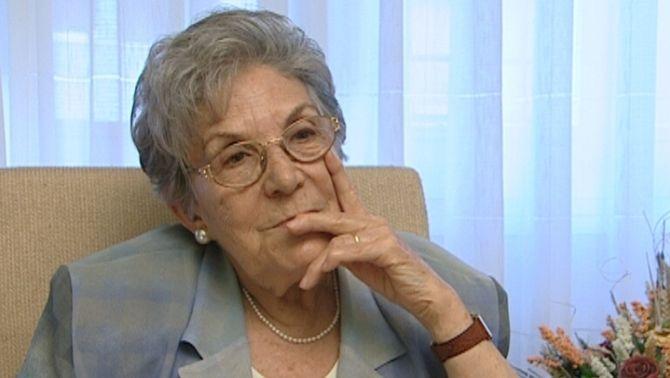Maria Salvo durant una entrevista amb TV3