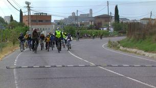Bici Bus de famílies de Lleida per reclamar un carril bici que uneixi la ciutat amb l'escola Espiga