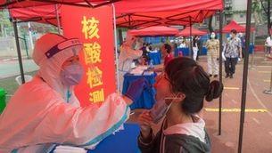 Wuhan farà tests massius als 11 milions d'habitants en detectar-hi 8 positius de Covid