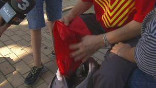 Girona sortida de gent cap a la V  (autocars)